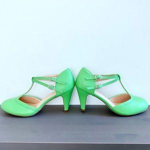 Green retro Mary Jane heels